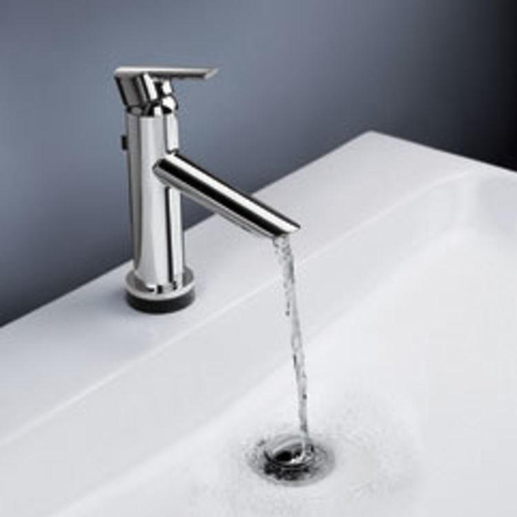 View 4 of Delta 561T-DST Delta 561T-DST Compel One Handle Lavatory Faucet w/ Touch2O.xt, Chrome