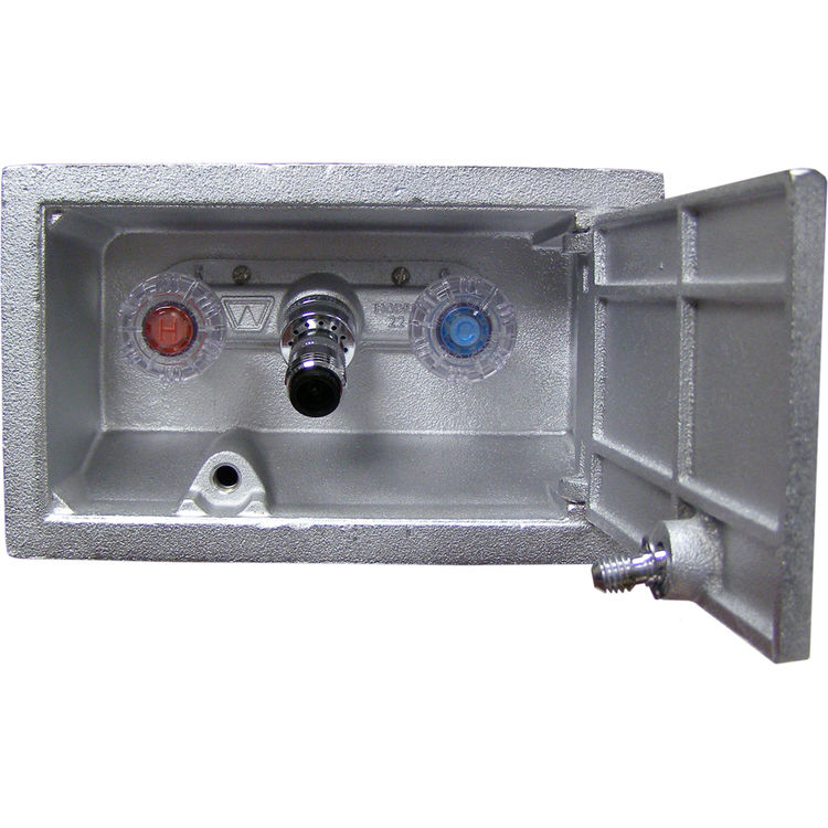 Woodford B22cp 8 Mh Freezeless Hot Amp Cold Wall Faucet